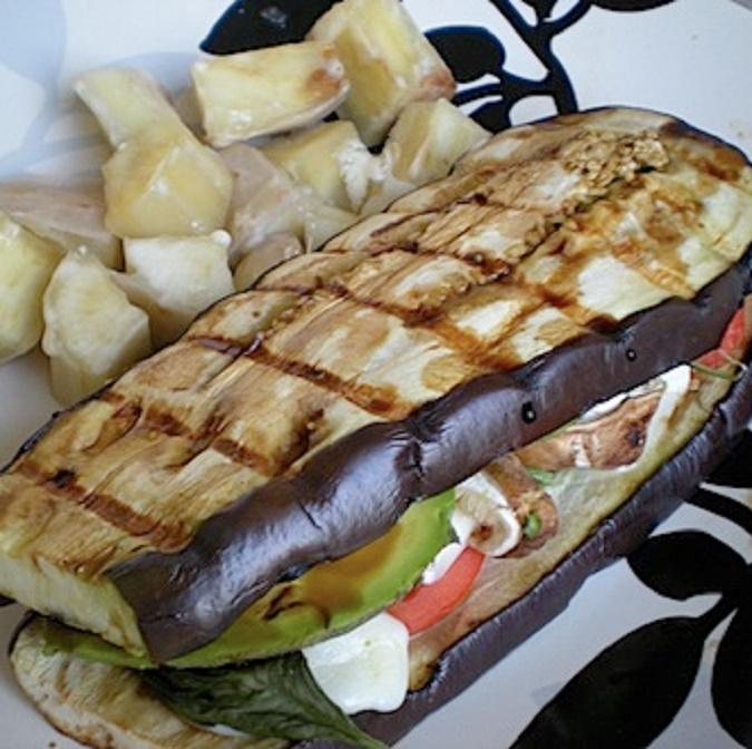 8 - sanduiche_de_berinjela